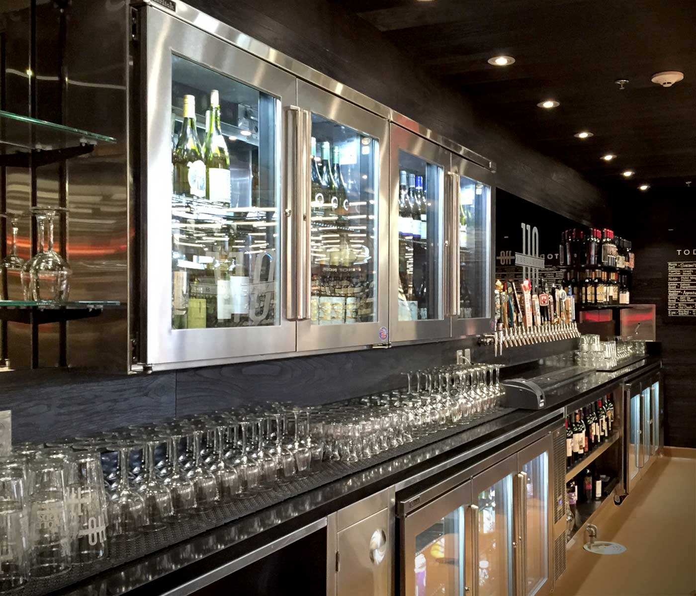 110 amp bellevue restaurant and bar opens at whole foods
